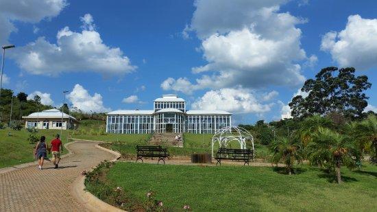 Jardim botanico Irmaos Vilas Boas: entrada do jardim botânico