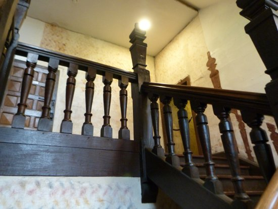 Harvington, UK: Stairs are not what they seem...actually nothing is in this house