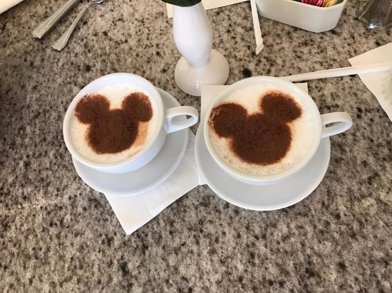 Grand Floridian Cafe: Mickey Lattes!!
