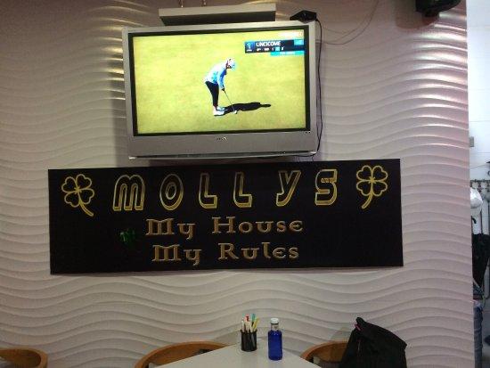 Mollys Bar