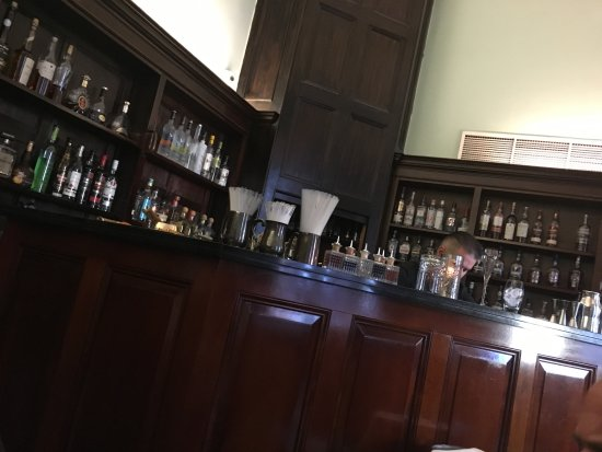 Cinnamon Club: The bar