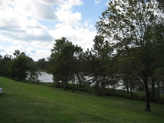 Denton Ferry RV Park & Resort: View of the River