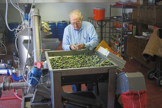 Ojai, Kalifornia: Milling
