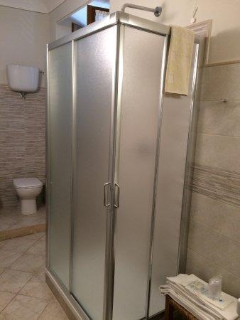 Albergo Giardino: Cabina doccia