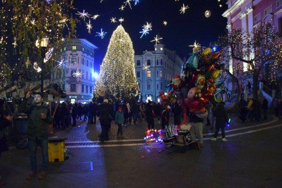 Foto Mercatini Di Natale Lubiana.I Mercatini Di Natale Foto Di Lubiana Regione Dell Alta