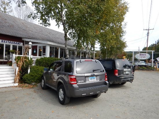 Quechee, VT: Dana's By the Gorge - a great homestyle diner for homecooked meals during your visit!