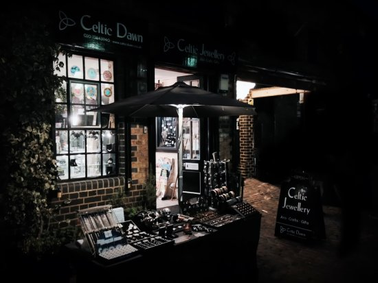 ‪Celtic Dawn Jewellery Arts Crafts & Gifts‬