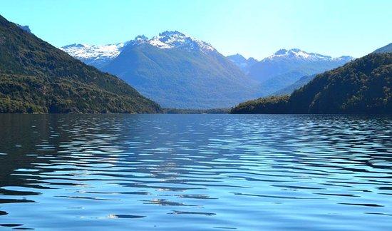 navegando el lago steffen hacia lago martin