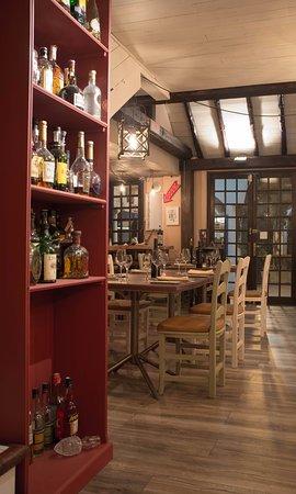 La Mandragora: Dinnig Room