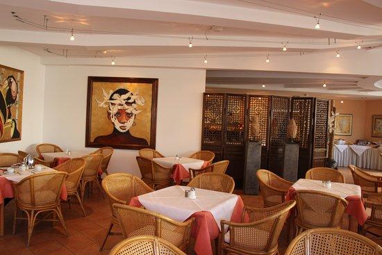 Ludwig Van Beethoven Hotel : Breakfast dining room