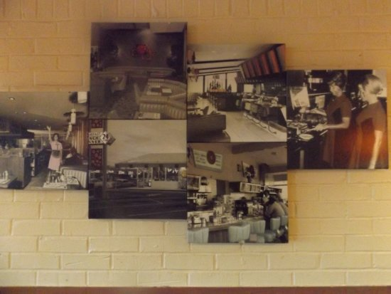 El Reno, OK: Old pictures on the walls