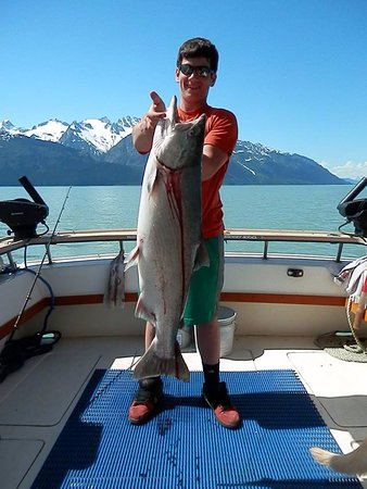 Fishing King Salmon with Kraken Charters Haines, Alaska