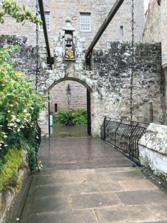 Nairn, UK: Cawdor castle in August