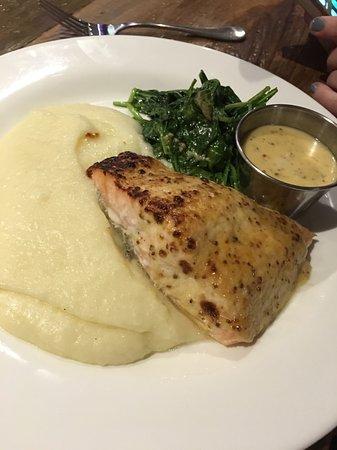 Monroe, NY: Salmon Entree