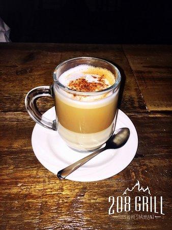 Monroe, Nowy Jork: Cappuccino