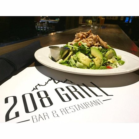 Monroe, NY: 208 smoked chicken chopped salad