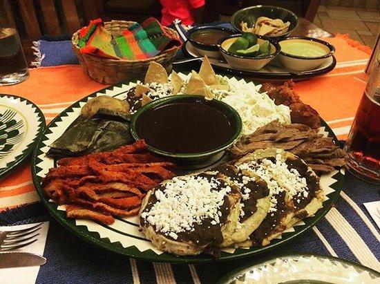 El Sabor de Oaxaca: photo0.jpg