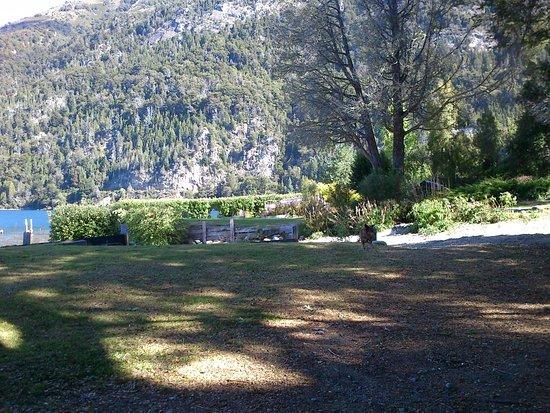 Camping Ser: Playa, lago y montaña cercanos (a 50 mts)