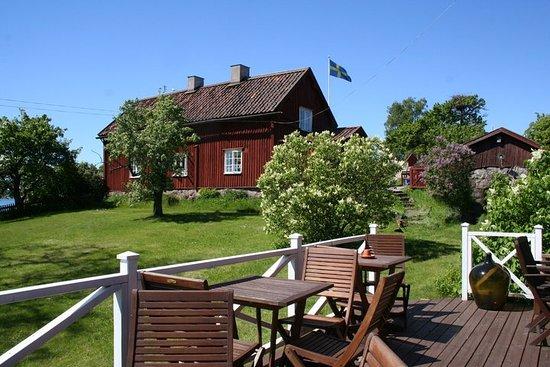 Oxelosund, Sweden: Altan med utsikt mot krogen