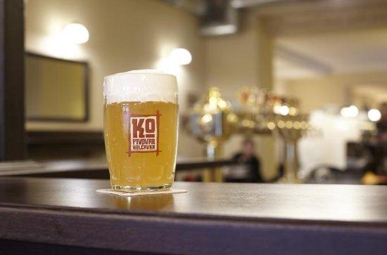 Craft Beer Tour in Prague's Pub District Zizkov