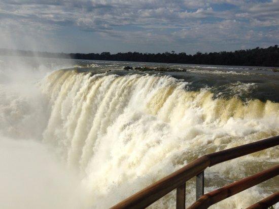 Foz do Iguaçu: La garganta - Argentine side - 2013