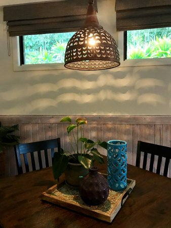 The inn at mama 39 s fish house 2017 prices reviews for The inn at mama s fish house