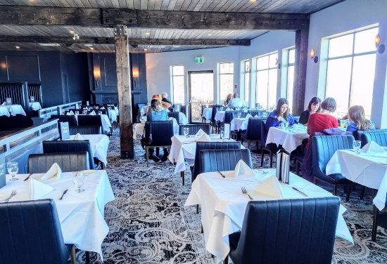Courtenay, Canada: Ocean7 - Main dining room