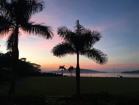 Munyonyo Commonwealth Resort: Sunrise by the marina