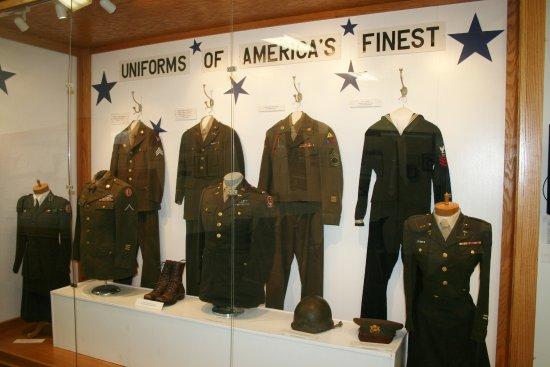 Algona, IA : Uniforms of WW II