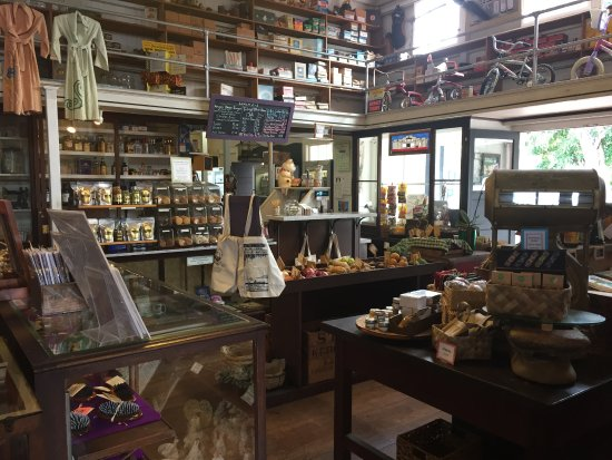 Keauhou Store: Stepping back in time