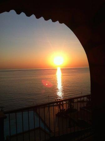 Hotel Santa Tecla Palace: al amanecer desde habitacion