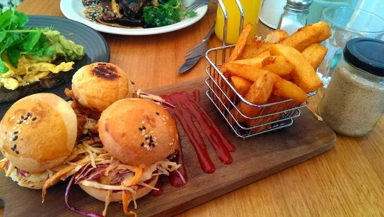 Servery and Spoon: Crispy Chicken Sliders and Chips