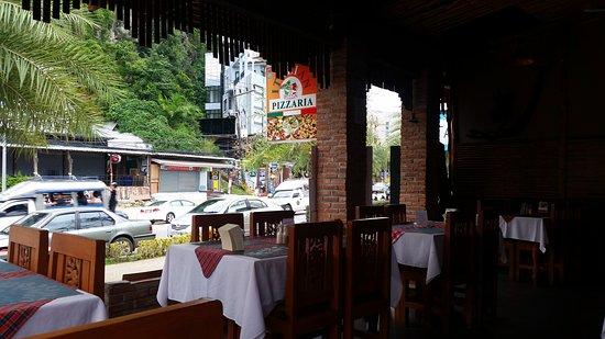 Delhi Darbar Aonang Krabi: Délicieux mais un peu cher comparé à d autres restaurants