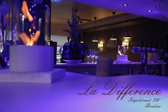 La-difference: bar