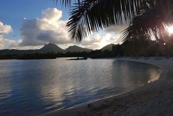 Four Seasons Resort Mauritius at Anahita: One of the beaches at sunset