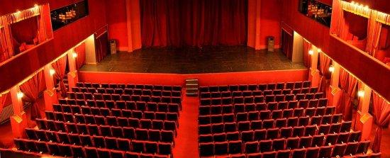 Teatri Kombetare ( National Theatre)
