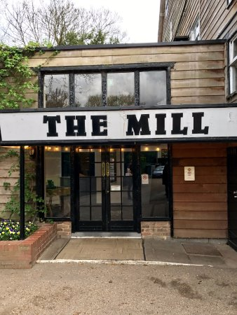 Sonning-on-Thames, UK: The Mill at Sonning