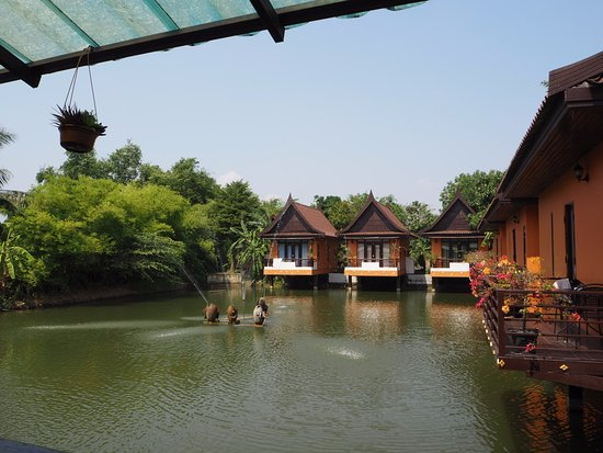 Pludhaya Resort and Spa Photo
