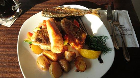 Zur Kajüte: Gemischte Fischplatte für 1 Person
