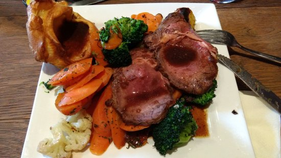 The Station House Pub: Sunday Roast Beef