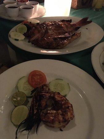 Zipp Bar Restaurant & Bungalows: photo2.jpg