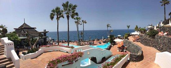 Saltwater pool at the beach club bild fr n hotel jardin for Jardin tropical tenerife tripadvisor