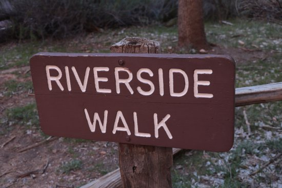 Riverside Walk - trailhead sign