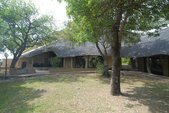Skukuza Rest Camp: view of the central living area