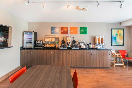 Comfort Inn - Yarmouth: Free Breakfast