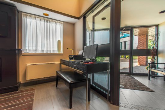 Comfort Inn - Yarmouth: Business Centre Available in the Lobby