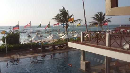 Coral Sands Hotel: 20170117_170457_large.jpg