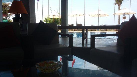 Coral Sands Hotel: 20170121_125830_large.jpg
