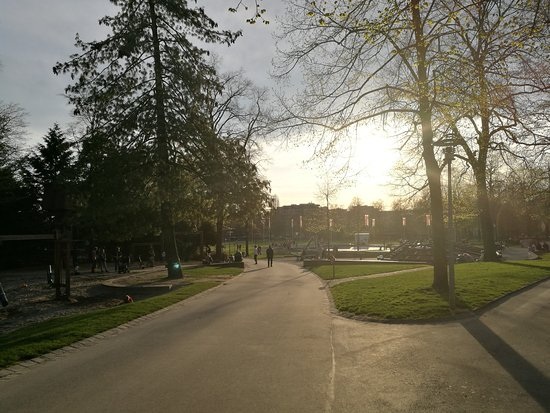 Parc de Milan et cret de Montriond