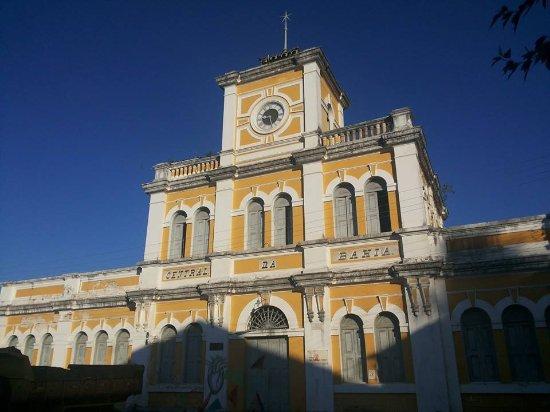 Fernando Bingre-Salvador Tour Guide